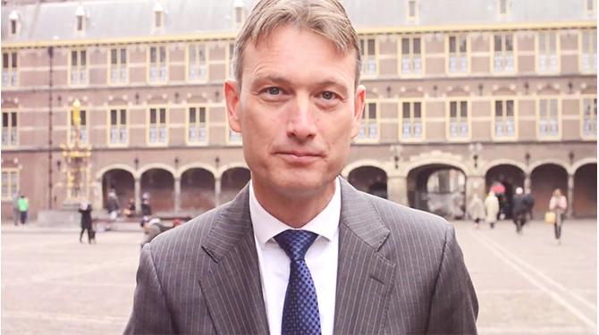 Zijlstra: 'Schaf traditie om informatie achter te houden niet af' – De Speld