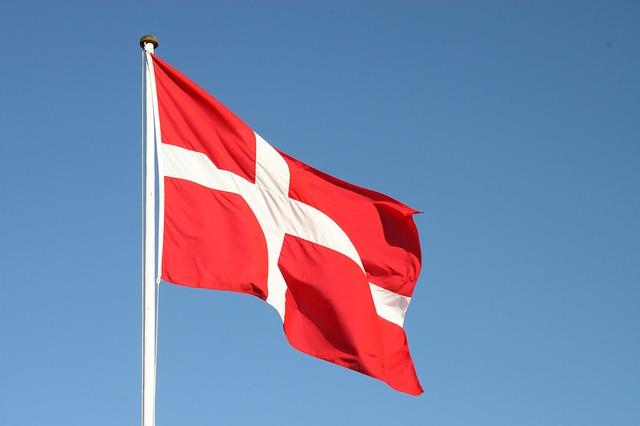 ABAX neemt het Deense Fleetfinder ApS over